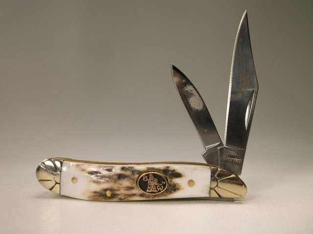 Gorgeous Stag Handle Pocket Knife