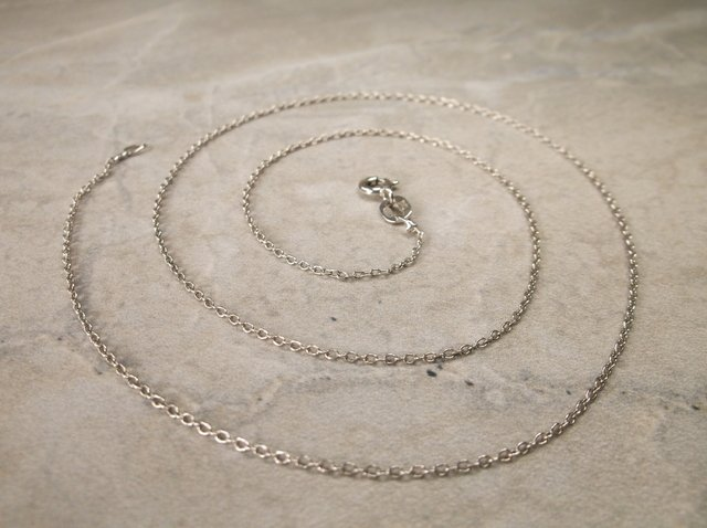 Gorgeous Sterling Silver Chain Necklace 18""