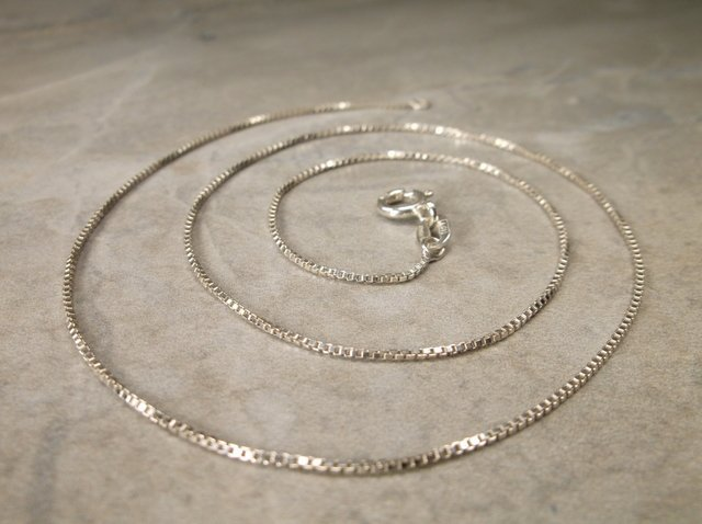 """Gorgeous Sterling Silver Chain Necklace 16"""""""
