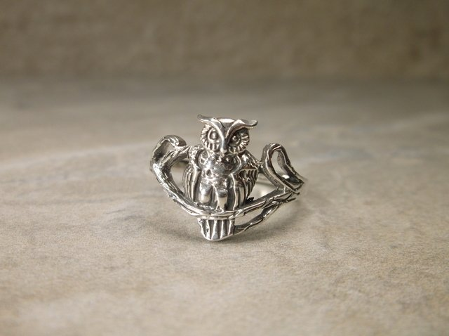 Gorgeous Sterling Silver Wise Owl Ring 8