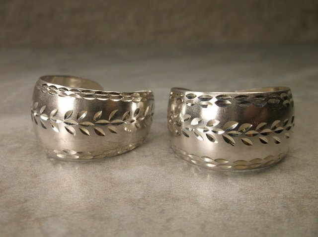 Gorgeous Large Sterling Silver Earrings Navajo? M