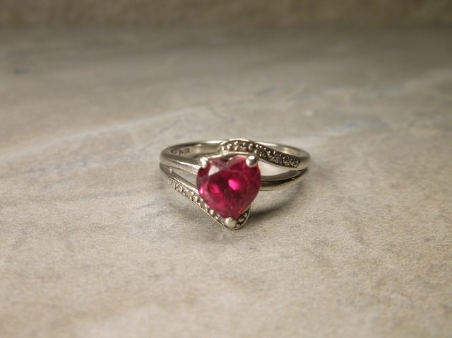 Gorgeous Sterling Genuine Diamond Ruby Ring 7