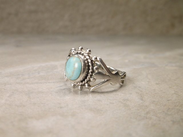 Beautiful Sterling Silver Turquoise Ring 9 - 2