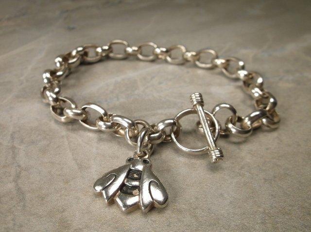 Gorgeous Heavy Sterling Silver Bee Chain Bracelet