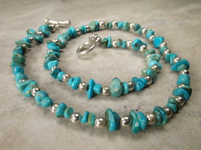 """Gorgeous Sterling Silver Turquoise Necklace 16"""""""