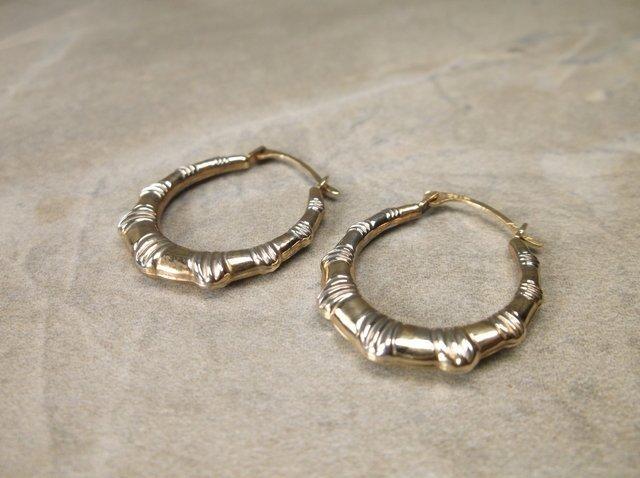 Gorgeous 10kt Gold Hoop Earrings