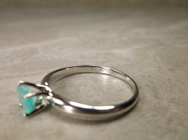 Gorgeous 10kt Gold Sterling Gen .50ct Emerald Ring 7 - 3