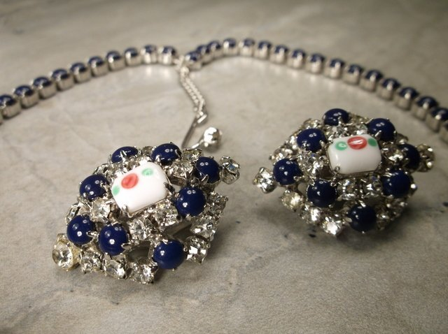 Stunning Antique Rhinestone Necklace Earrings Set - 3