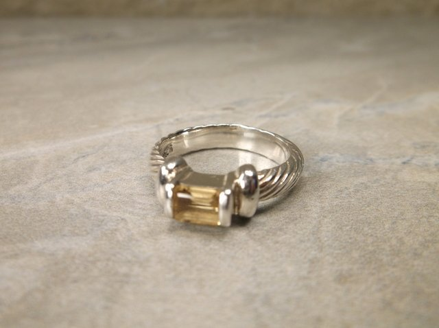 Gorgeous Sterling Silver Citrine Ring 5.5