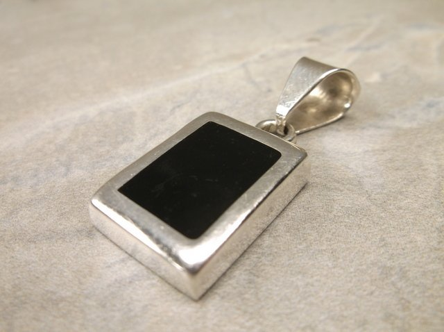 Gorgeous Heavy Sterling Silver Onyx Pendant
