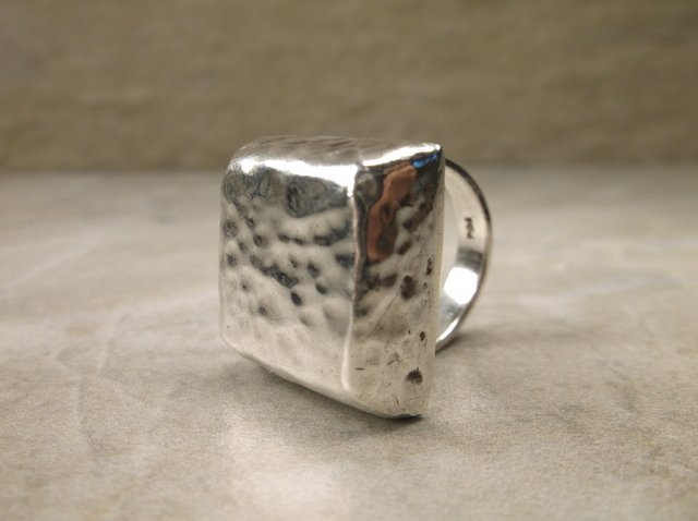 Gorgeous Very Heavy Sterling Silver Ring 7