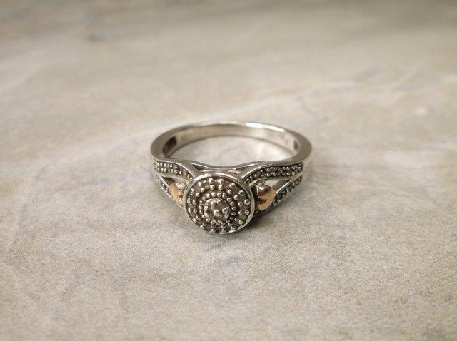 Stunn Sterling 10k 20 Gen Diamond Ring 7
