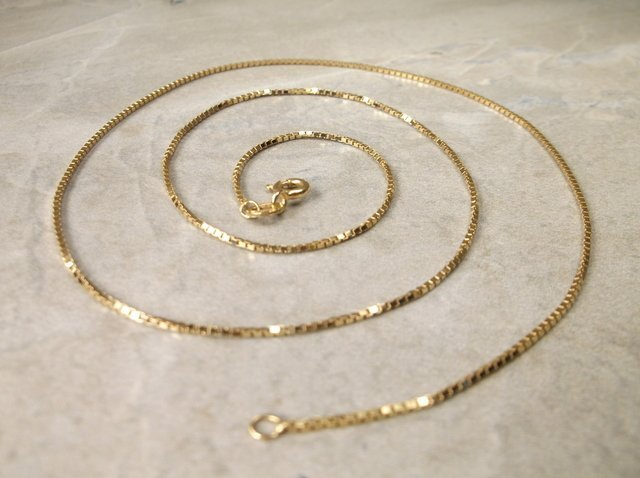 Gorgeous 14kt Gold Chain Necklace 18""