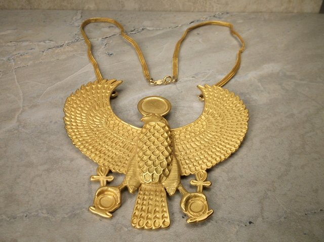 Stunning MMA 12kt GF Huge Falcon Necklace