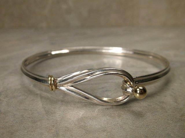 Stunn Tiffany & Co. 18kt Gold Sterling Lasso Bracelet