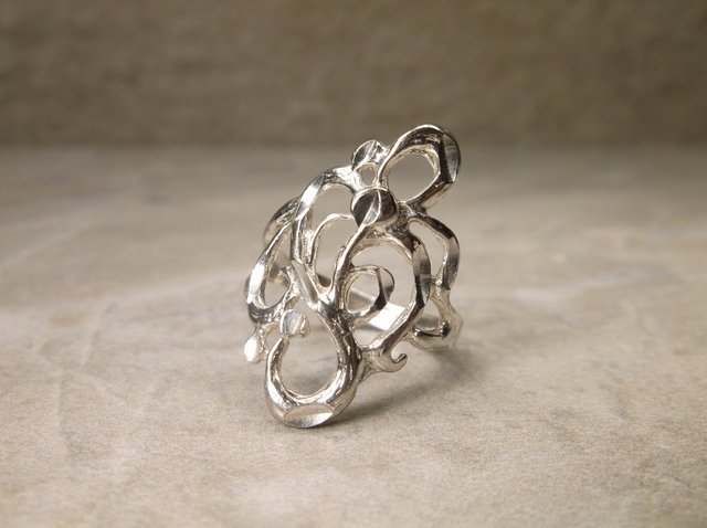 Gorgeous Antique Sterling Silver Ring 7