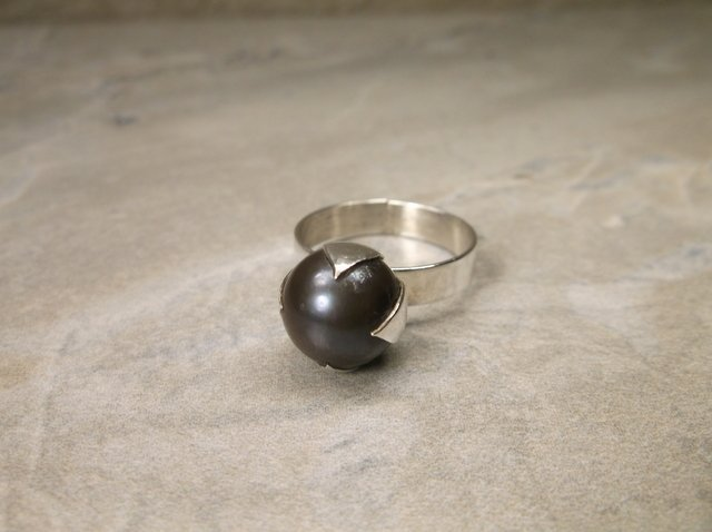 Gorgeous Sterling Silver Pearl Ring 6