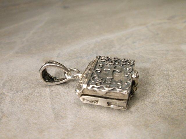 Heavy Sterling Opening Prayer Box Pendant - 2