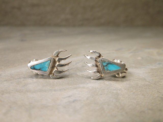 Gorgeous Navajo Sterling Silver Paw Earrings
