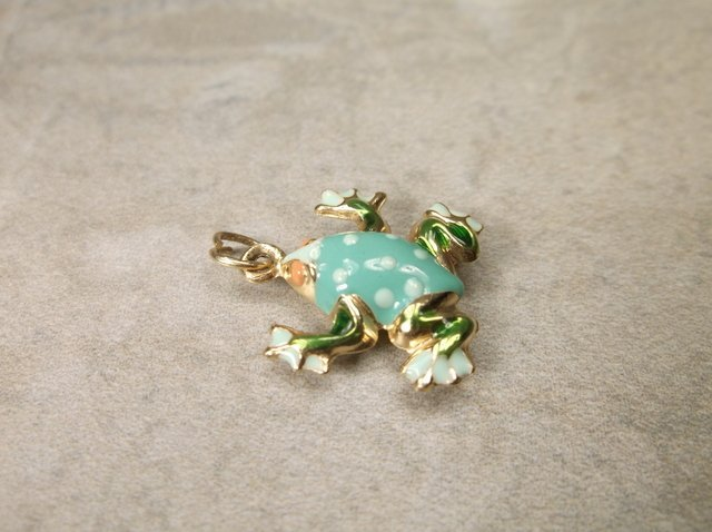 Gorgeous 14kt Gold Enameled Frog Charm Thick