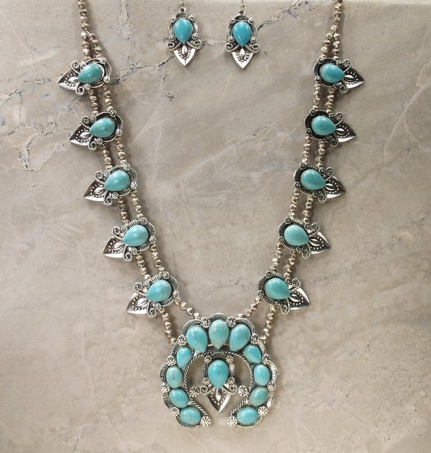 Stunning Huge Southwestern Necklace Earrings Set
