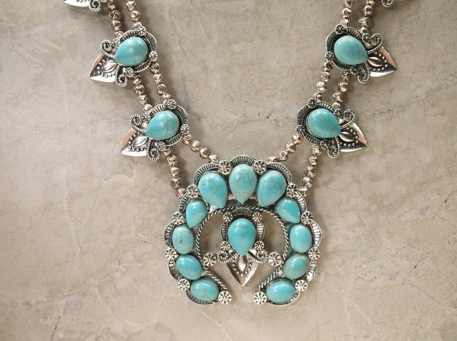 Stunning Huge Southwestern Necklace Earrings Set - 2