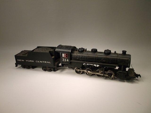 Vintage Mantua 314 Train Engine Coal Car