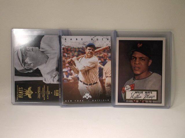 Babe Ruth & Willie Mays Baseball Cards