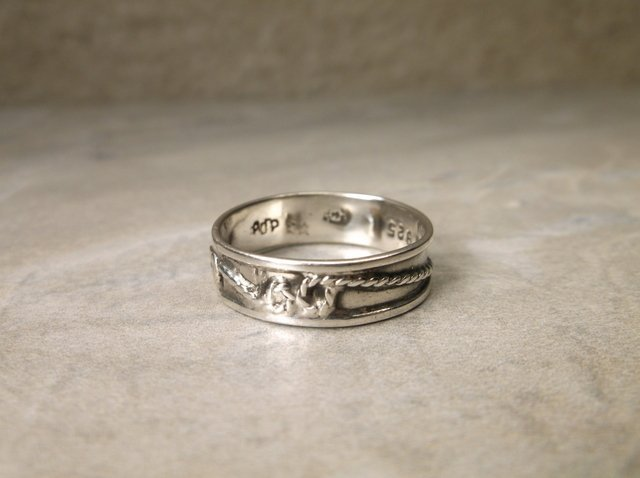 Beautiful Vintage Taxco Sterling Ring 9 ADP