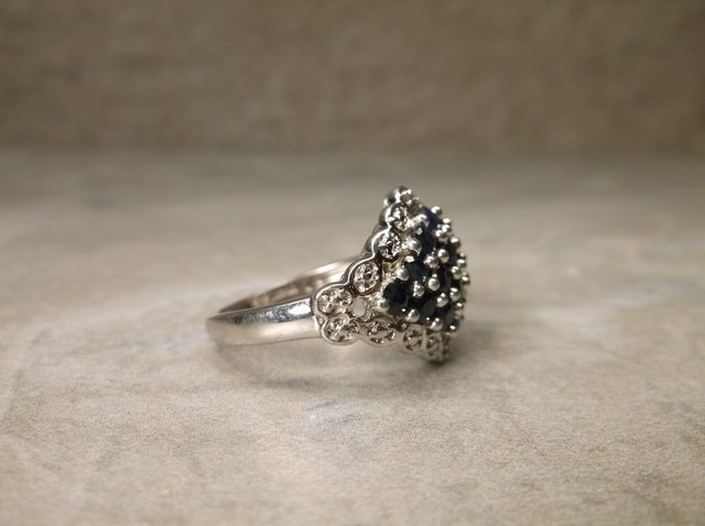 Stunning Sterling Silver Sapphire Ring 6 - 2