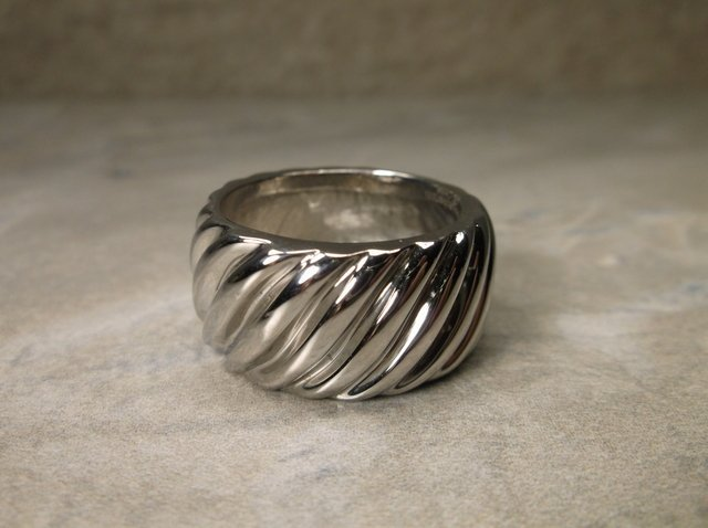 Gorgeous Stainless Steel Design Ring 9