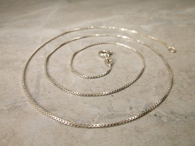 Gorgeous Sterling Silver Chain Necklace 19""