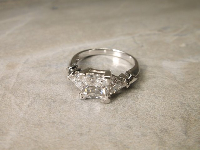 Gorgeous Sterling Silver Engagement Ring 8