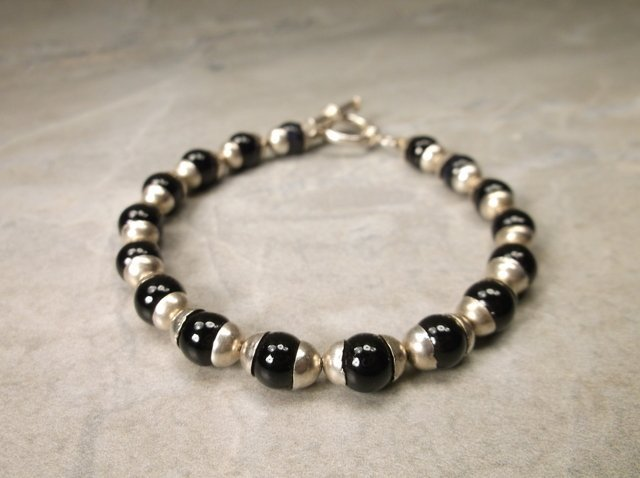 Gorgeous Sterling Silver Onyx Bracelet