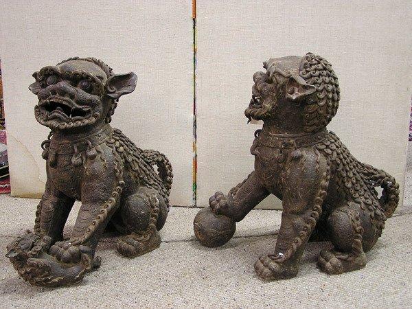 2250: Pair of large ceramic Fu Dogs