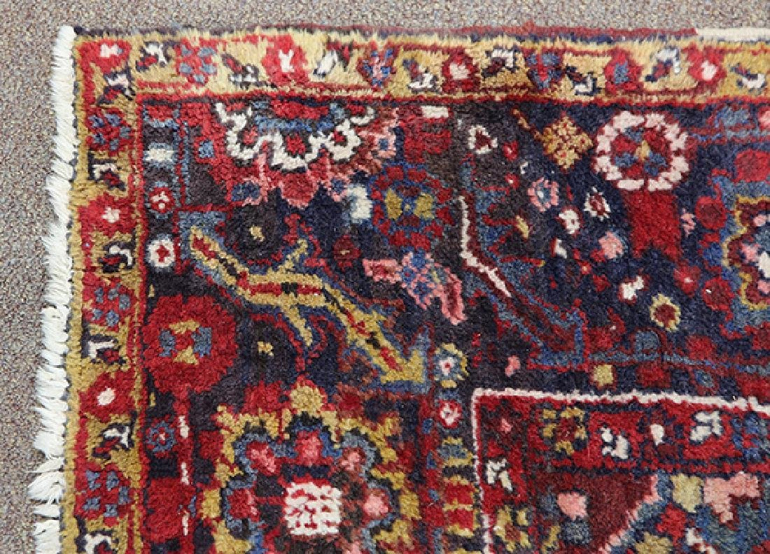 "Persian Heriz carpet, 9'10""l x 12'8'' - 3"