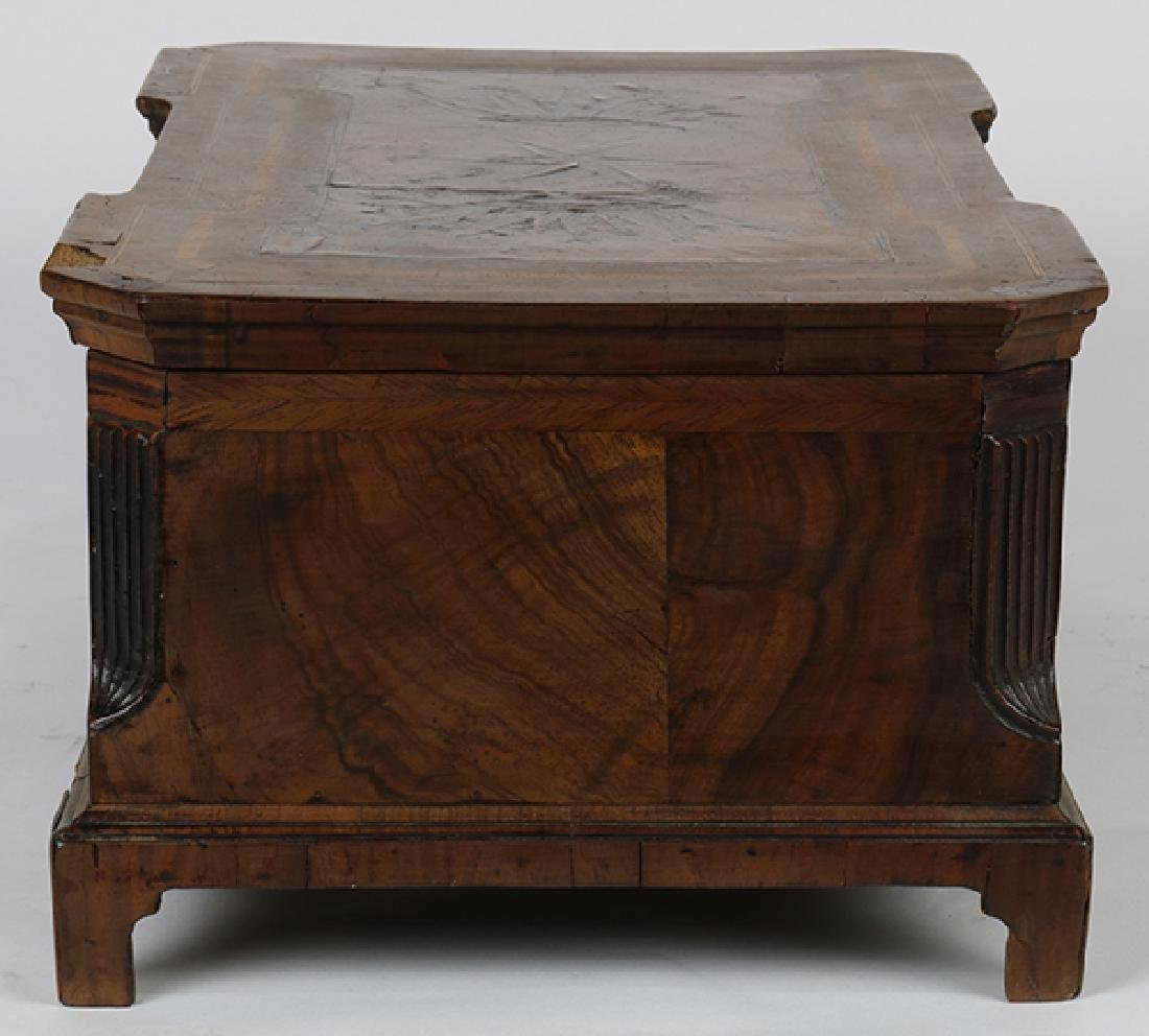 English marquetry decorated walnut box circa 1840, - 2