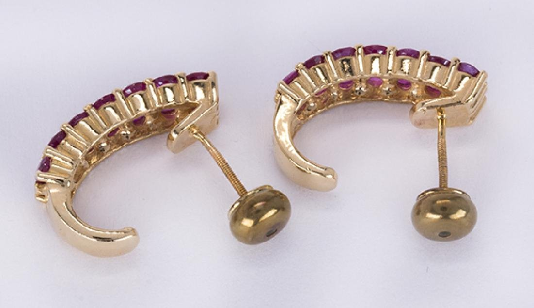 Pair of ruby and 14k yellow gold earrings - 3