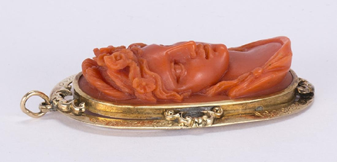 Victorian Coral cameo and 14k yellow gold pendant - 3