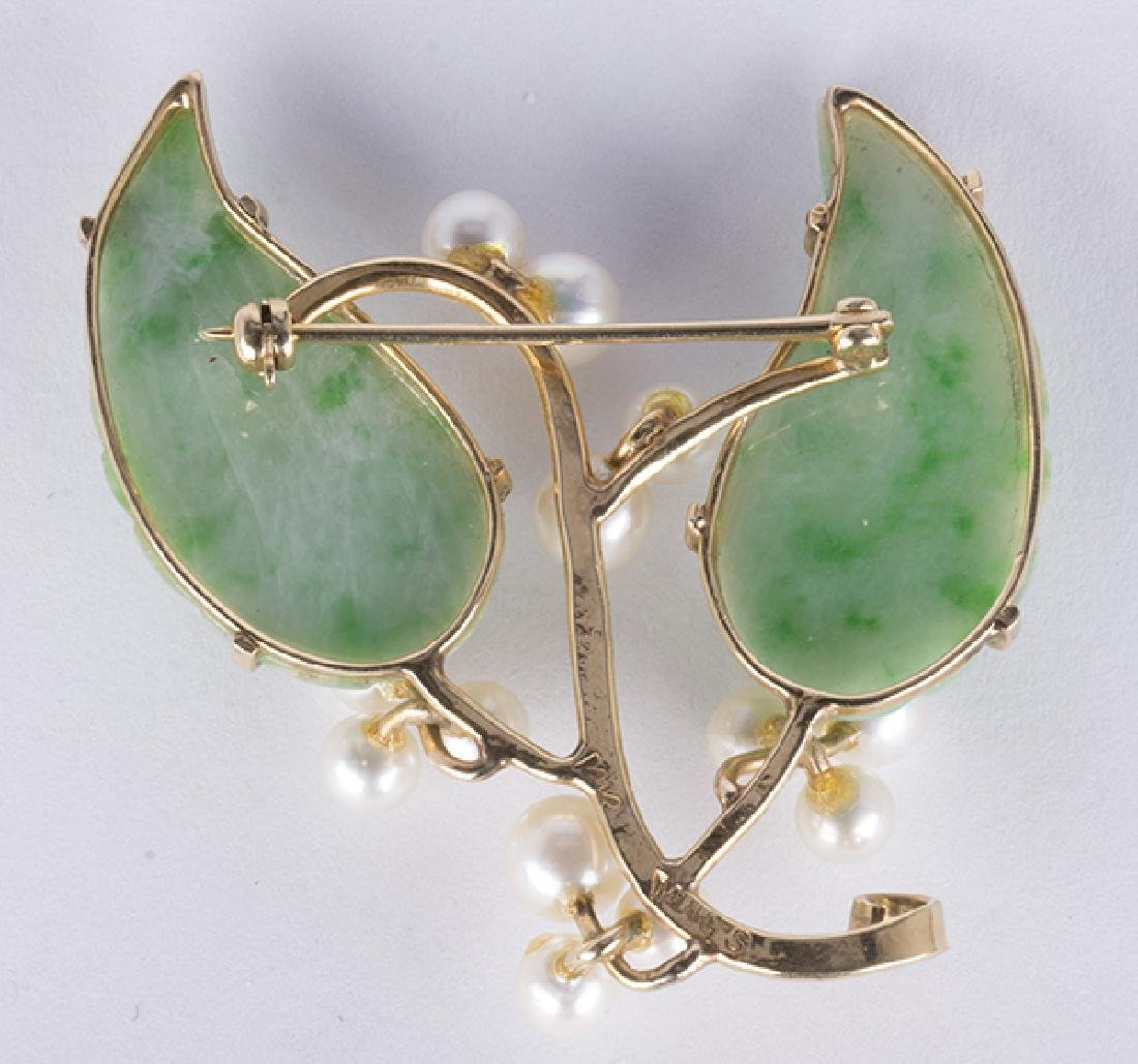 Jadeite, cultured pearl and 14k yellow gold brooch - 2