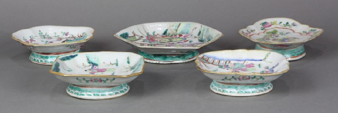 Chinese Porcelain Footed Dishes - 7