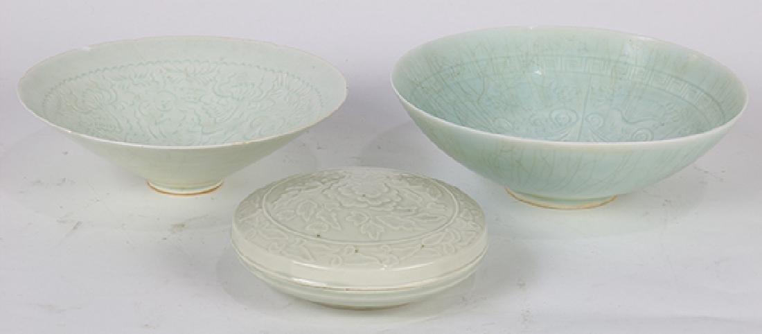 Chinese Qingbai Glazed Bowls/Box