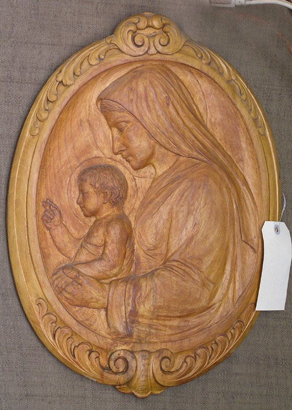 4006: Wood plaque virgin mary religious
