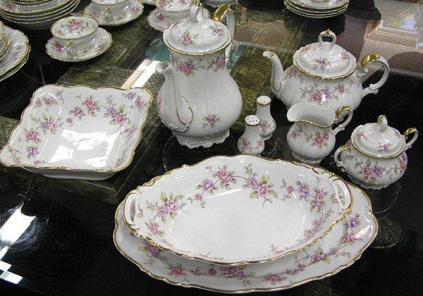 6103: Bavarian Porcelain Edelstein Delphine