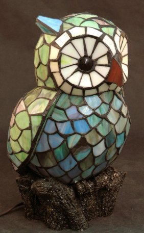 469 Stained Leaded Glass Owl Lamp