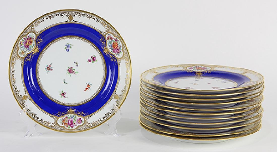 (lot of 12) Dresden parcel gilt service plates, having