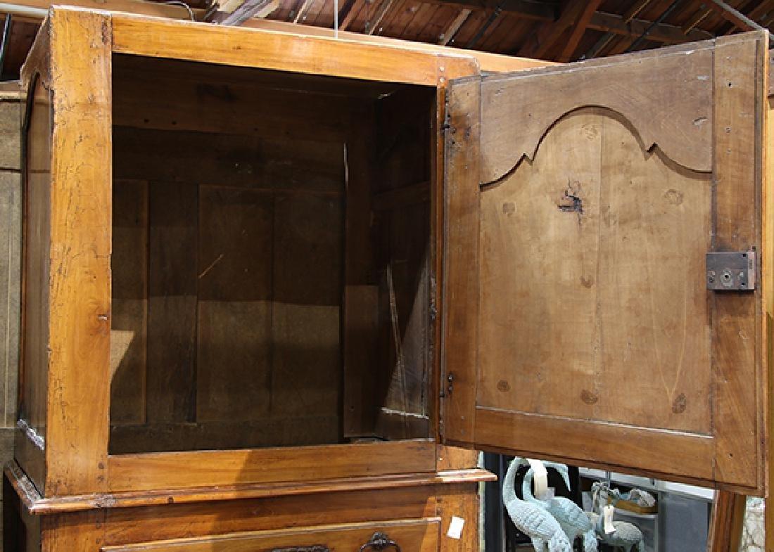 French Louis XVI linen press - 3