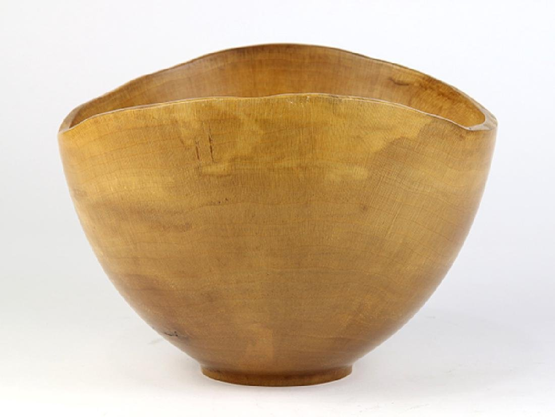 Ken Goodrich wood turned bowl executed in sycamore - 3