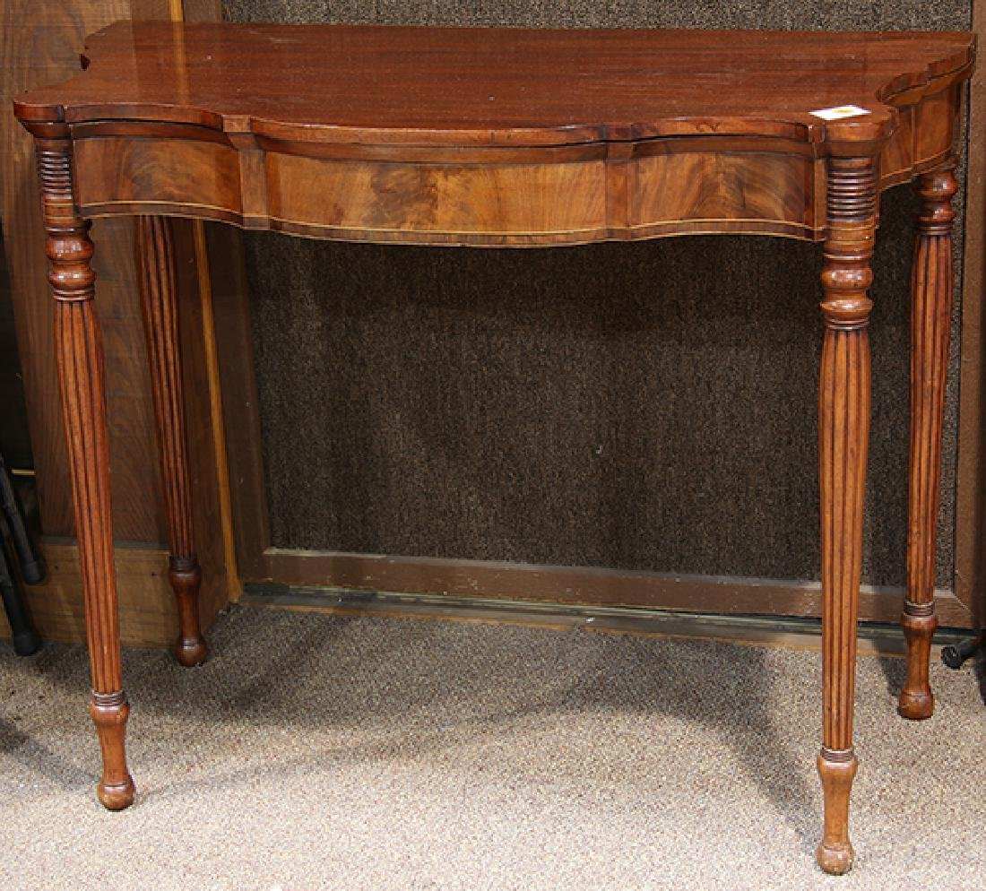 Federal mahogany flip top games table, having a