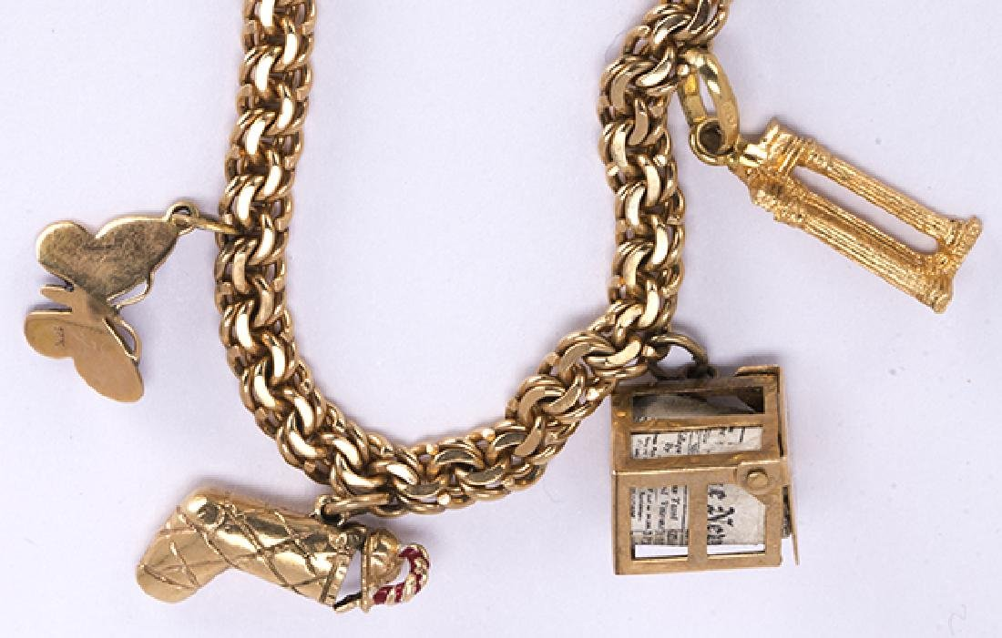 Enamel and yellow gold charm bracelet - 3